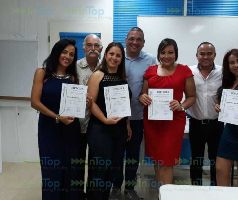 Middle Management na Papiamento Graduates
